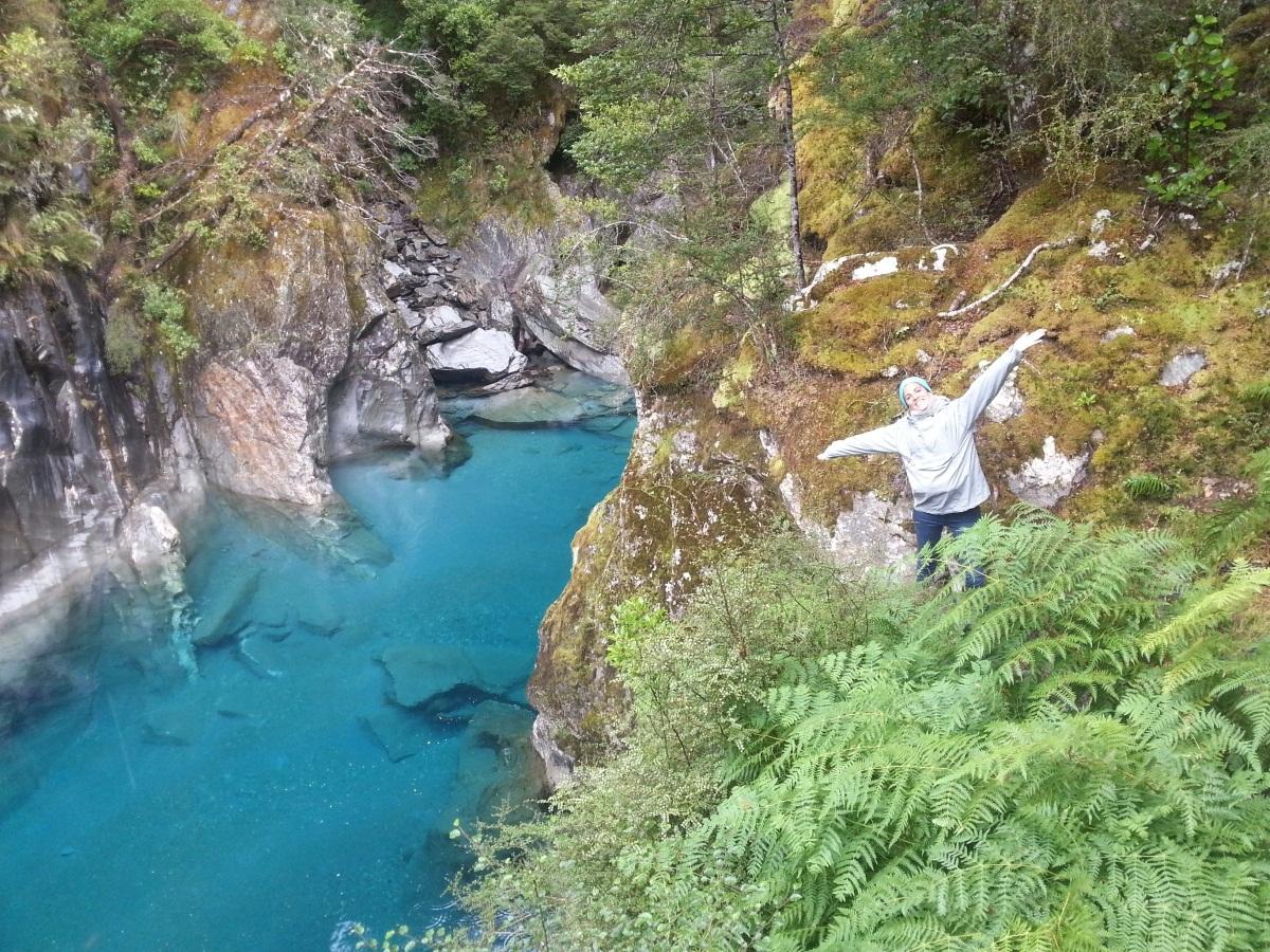 Estudiante Marta en un parque nacional de Nueva Zelanda